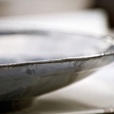 Ref. 002, ø 33,5 cm, esmalte negro onix